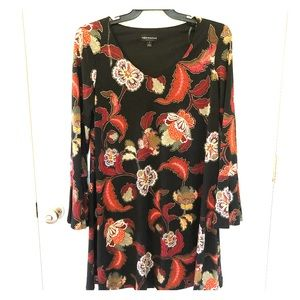 New! Bell sleeves floral dress